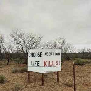 Obrázek 'Choose-because-it-kills'