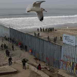 Obrázek 'cajkaaliasraceksaposmievaimigrantom'