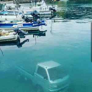 Obrázek 'underwaterparking'