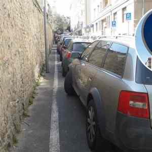 Obrázek 'vodicizaparkujtepriobchodeaprejditepesodomov'