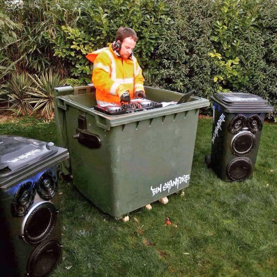 Obrázek -garbagesoundsystem-