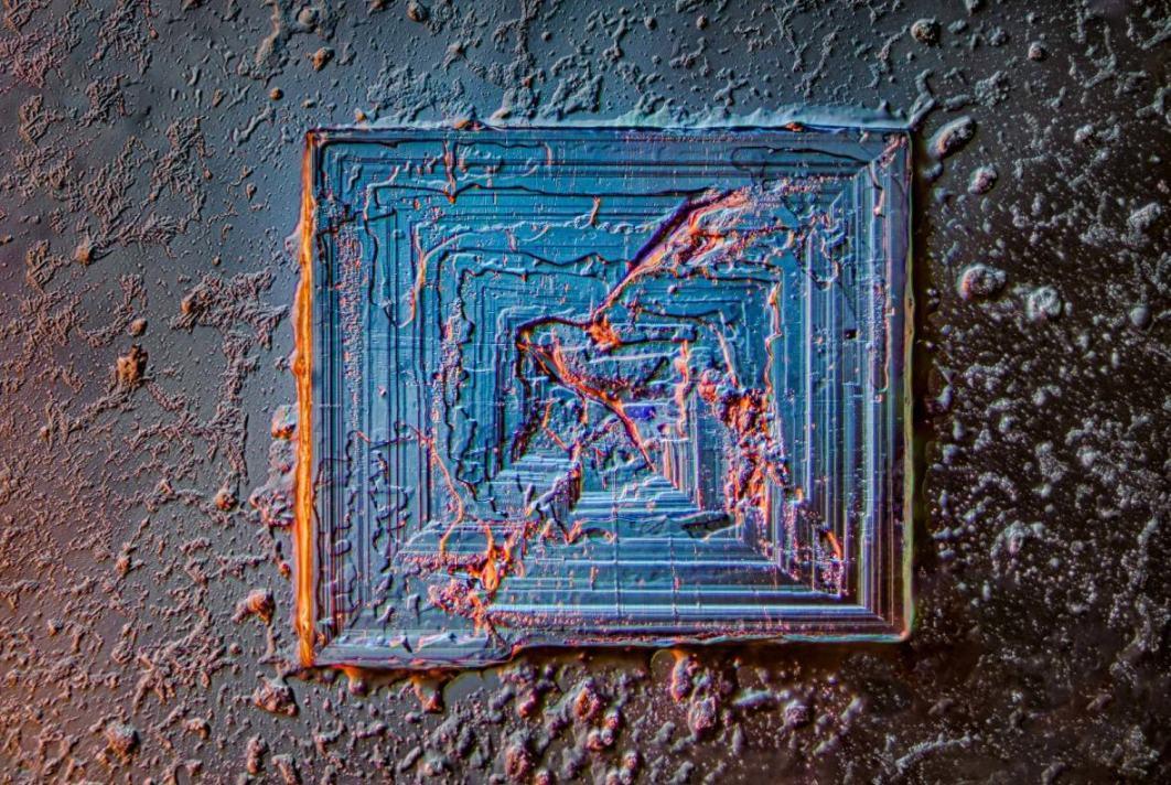 Obrázek -krystalNaCl-