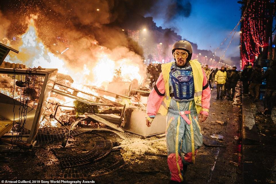 Obrázek 2019SonyWorldPhotographyAwards-ArnauldGuillard