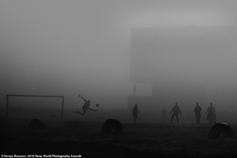 Obrázek 2019SonyWorldPhotographyAwards-DenysBorysov