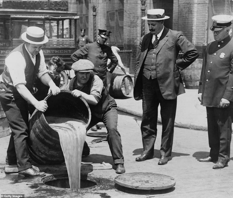 Obrázek ProhibitionbeganonJanuary171920