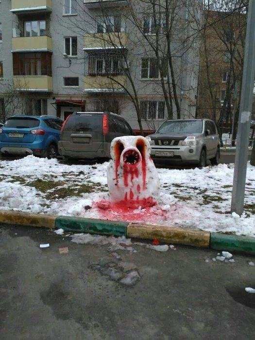 Obrázek Snow-Monsters-have-invaded-Russia