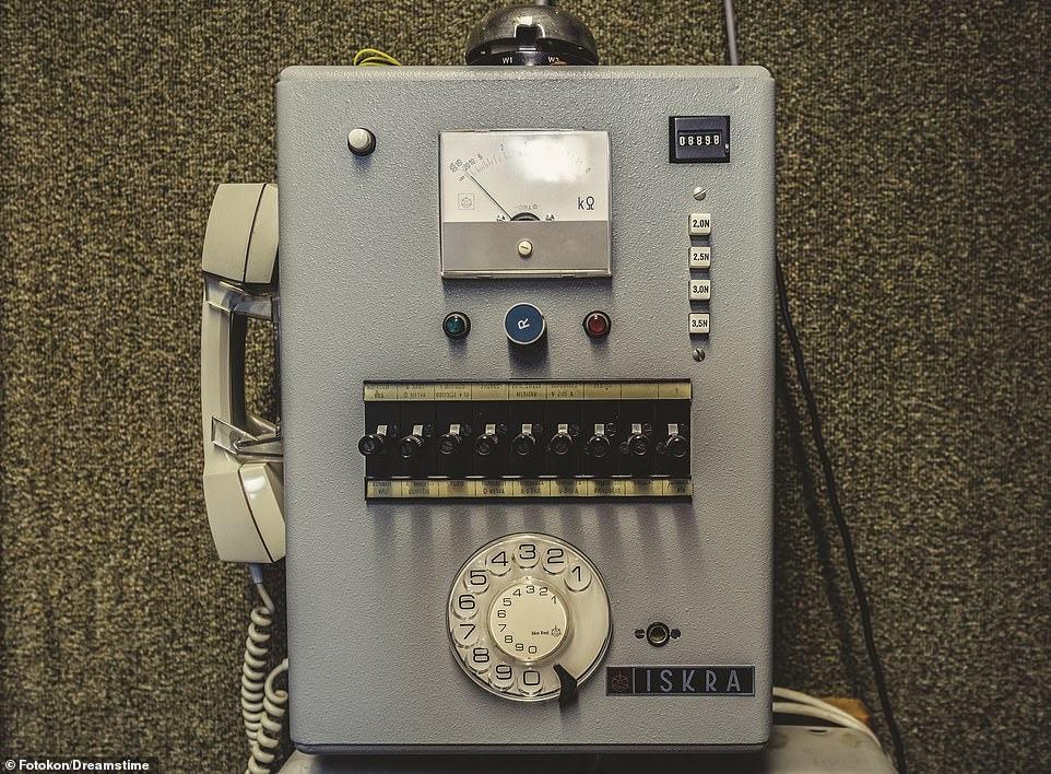 Obrázek TelefonzJugoslavskehoprotiatomovehokrytu