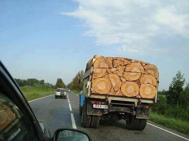 Obrázek This-load-of-lumber