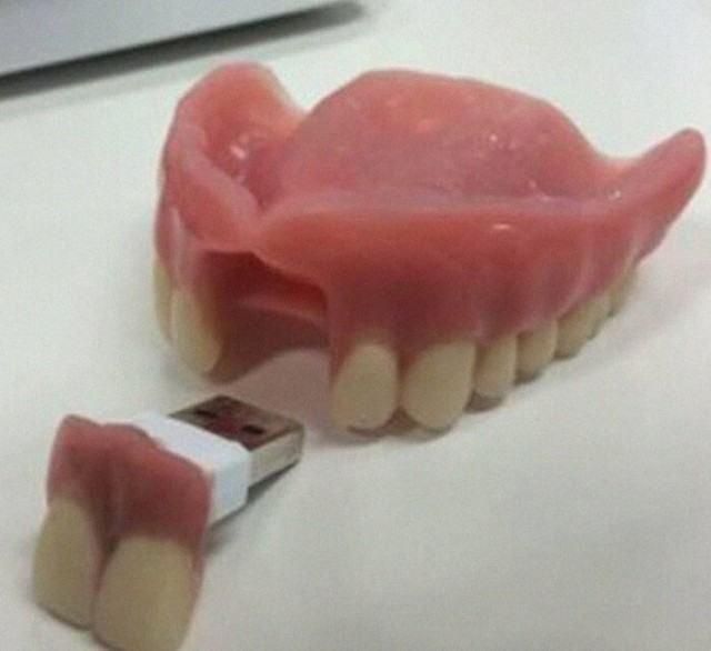 Obrázek USBteeth