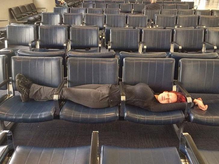 Obrázek airportsleepingbeauty