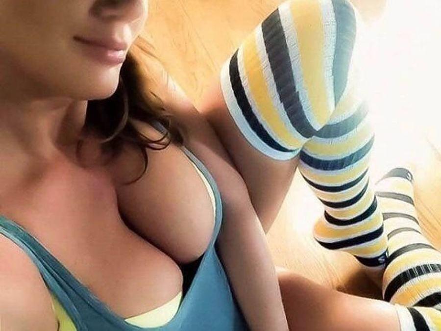 Obrázek hotgirlinsexysocks