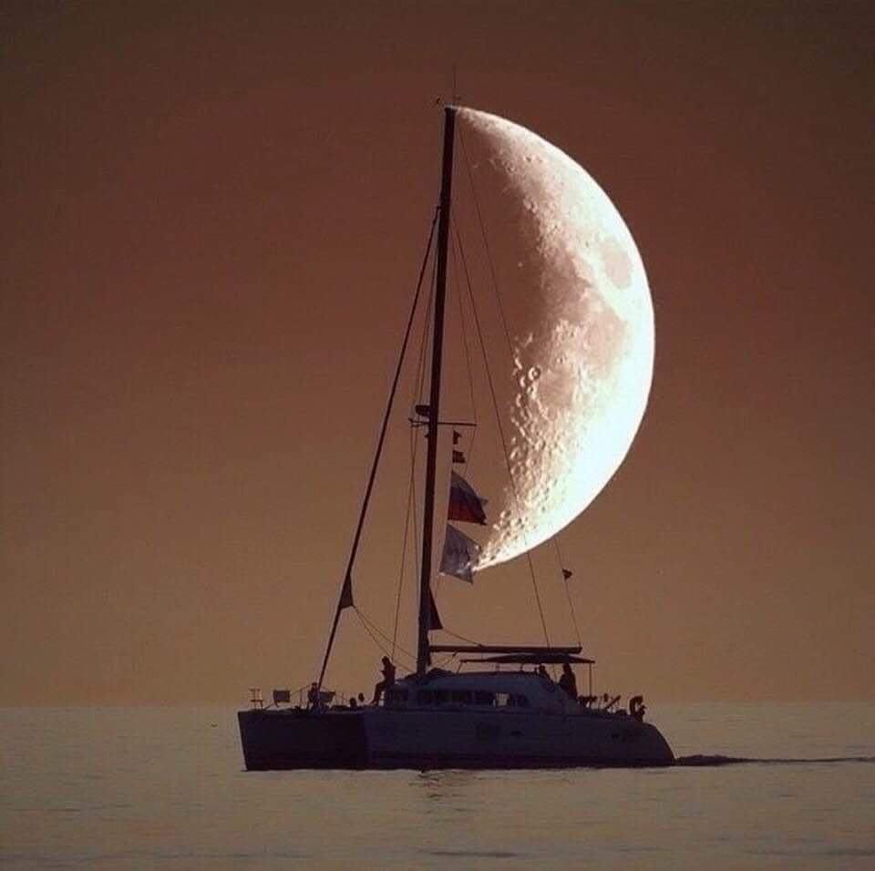 Obrázek moonship