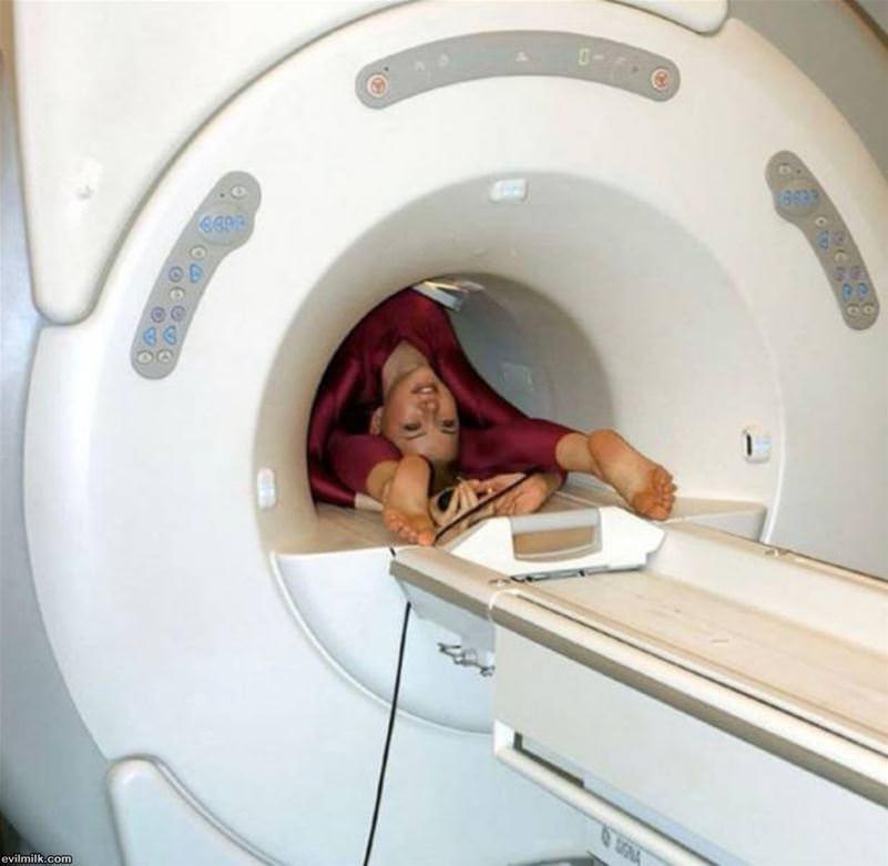 Obrázek roumenistkanamagnetickerezonanci
