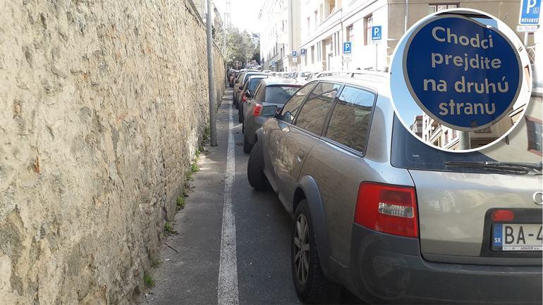 Obrázek vodicizaparkujtepriobchodeaprejditepesodomov