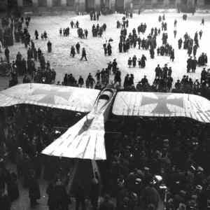 Obrázek '-Taubemonoplane-Paris195-'