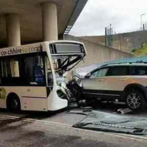 Obrázek '-Volvovs.autobus-jednanula-'