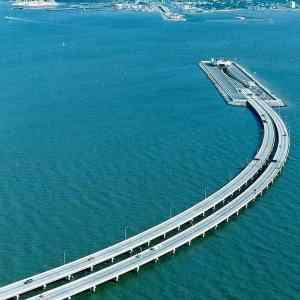 Obrázek 'Amazing engineering - This bridge connects Denmark and Sweden 12-01-2012'