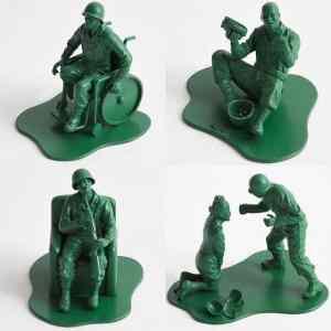 Obrázek 'Post-army-men'