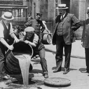 Obrázek 'ProhibitionbeganonJanuary171920'