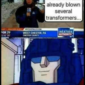 Obrázek 'SeveralBlownTransformers'