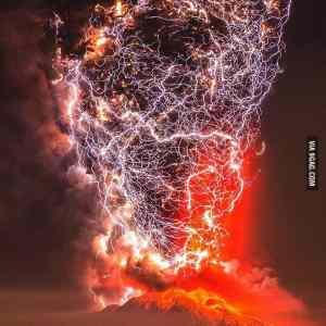 Obrázek 'Thunderstormtornadototallynotaphotoshop'