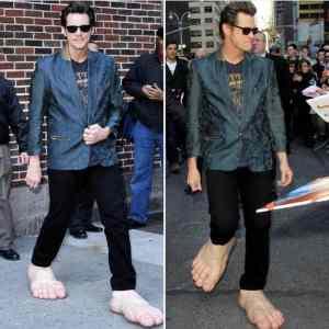 Obrázek 'Who-needs-shoes-'
