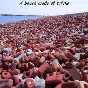 Obrázek 'beach-bricks'