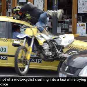 Obrázek 'mcyclistcrashing'
