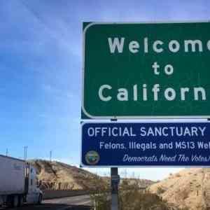 Obrázek 'sanctuarysign1'